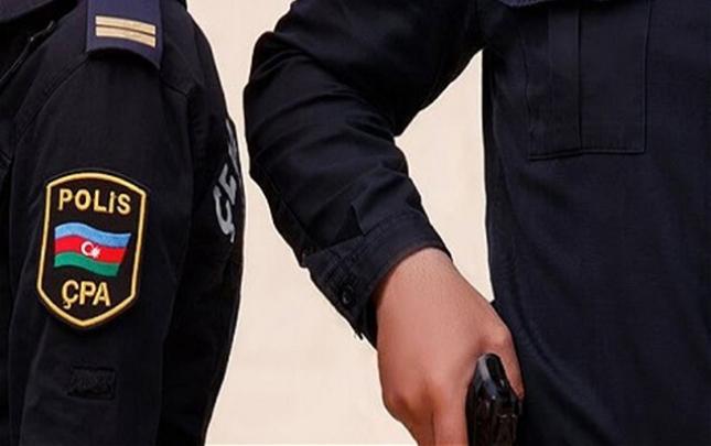 Bakıda pul qazanmaq istəyən polis idarədən silah oğurladı